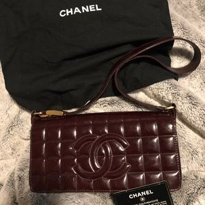 Chanel Bordeaux chocolate bar quilted purse